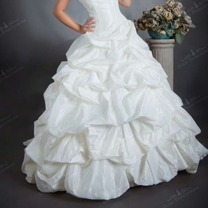 Свадебные платья - продажа,  прокат